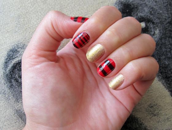 unhas-de-segunda-unhas-decoradas-unhas-diferentes-nail-art-adesivos-sally-hanssen-salon-effects-cheguei-colorama