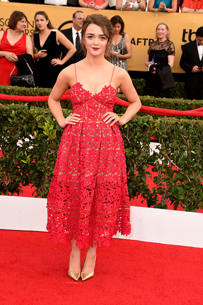 maisie-williams-sag-awards-look-red-carpet