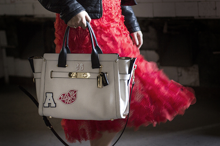 look-bolsa-bag-coach-swagger-medium-whats-your-swagger-campaign-brasil-blog-purse-patches-customization-customizacao