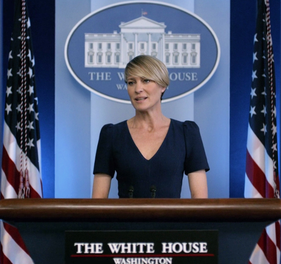 claire-underwood-estilo-elegante-3a-temporada-netflix-house-of-cards-marcas
