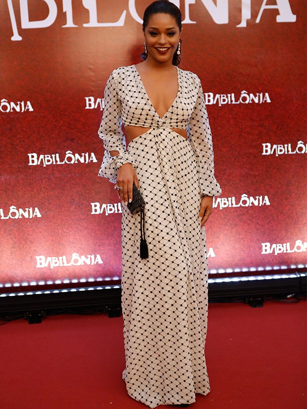 juliana alves babilonia look