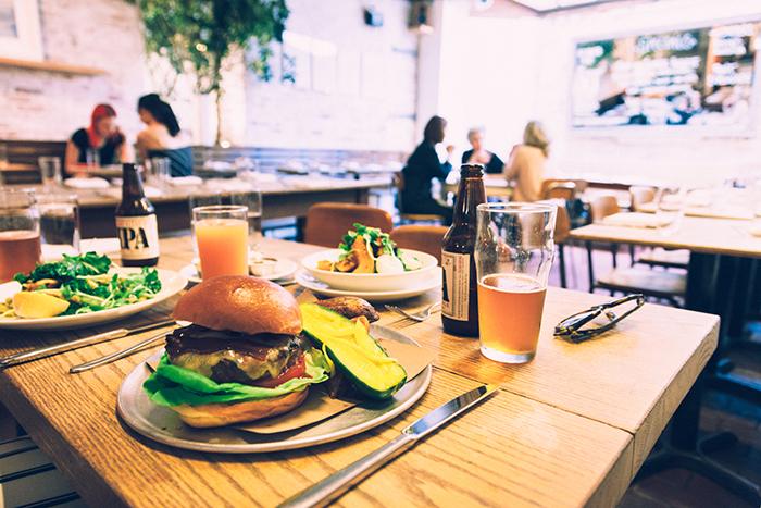 ny-nyc-new-york-nova-york-dica-restaurante-fat-radish-vegan-hamburguer-lower-east-side-blog-starving