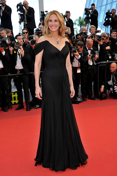 CANNES, FRANCE - MAY 12: Julia Roberts attends 'Money Monster' Red carpet prior to the 69th annual Cannes Film Festival on May 10, 2016 in Cannes, France. (Photo by Camilla Morandi - Corbis)