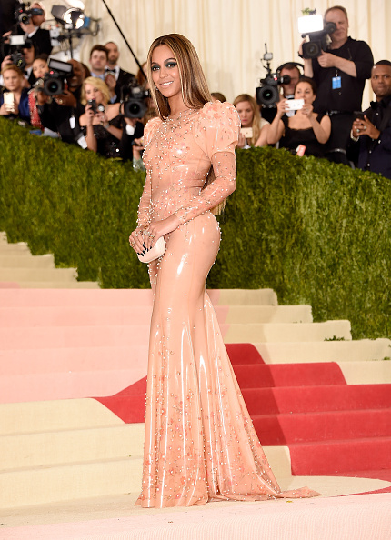 """NEW YORK, NY - MAY 02:  Beyonce attends """"Manus x Machina: Fashion In An Age Of Technology"""" Costume Institute Gala at Metropolitan Museum of Art on May 2, 2016 in New York City.  (Photo by Kevin Mazur/WireImage)"""